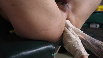 German nurse fisting anus and urethra to a man playing classical music