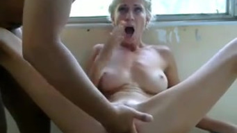 Thin girl sucks the builder a dick and fucks him on the balcony in front of the webcam