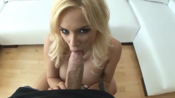 Model pulled butt plug from ass and fucked in the ass