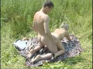 Virgin girl fingered for the first time porn