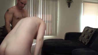 Pregnant slut with tattoos gets fucked by a pumped-up lover