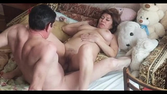 Mature fat wife during cunnilingus from her husband wants another dick